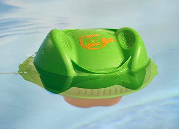 Flippin'-FROG-XL-In-Pool